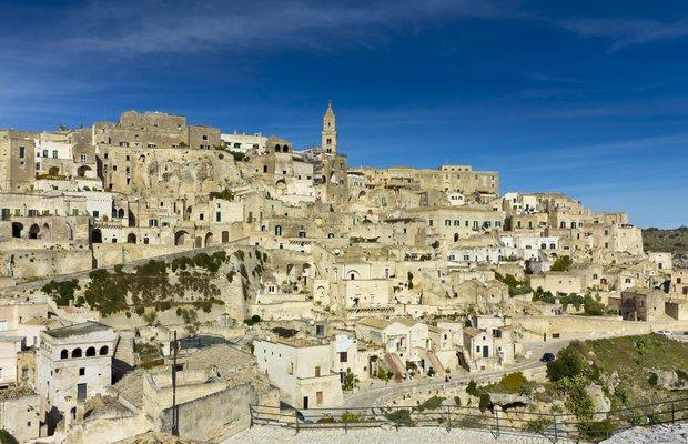 Kapadokya'ya benzeyen İtalya şehri Matera