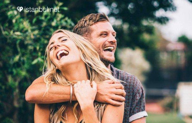 Karantina günlerinde aşk için arkadaşlık siteleri imdada yetişiyor
