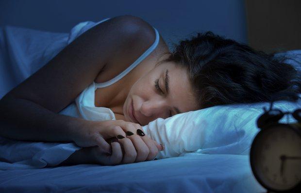 Saniyeler içinde uykuya dalmayı sağlayan yöntem