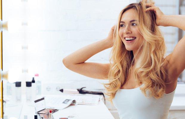 Cansız saçları daha parlak gösteren tedaviler