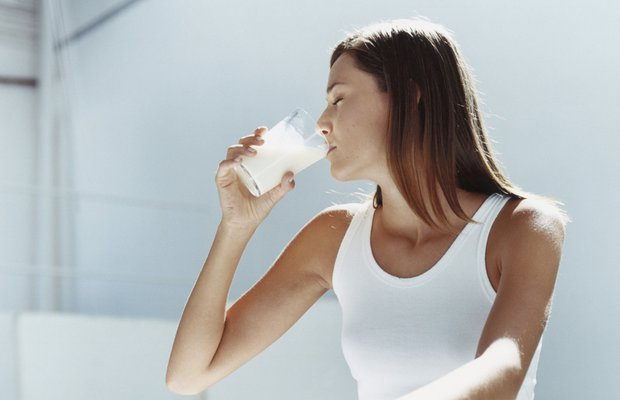 Süt yaşlanmaya neden oluyor mu?