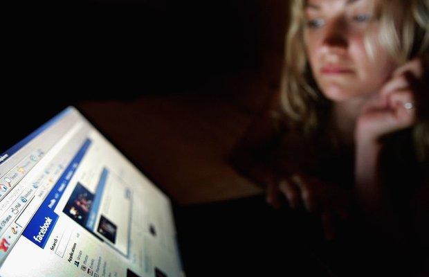 Facebook'tan profil fotoğrafı çalmak suç değil