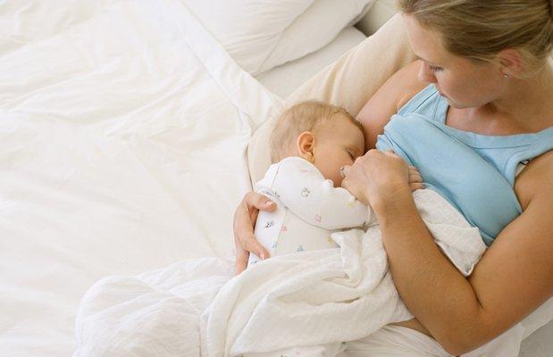 Anne sütünü arttırmak için nelere dikkat etmeli?