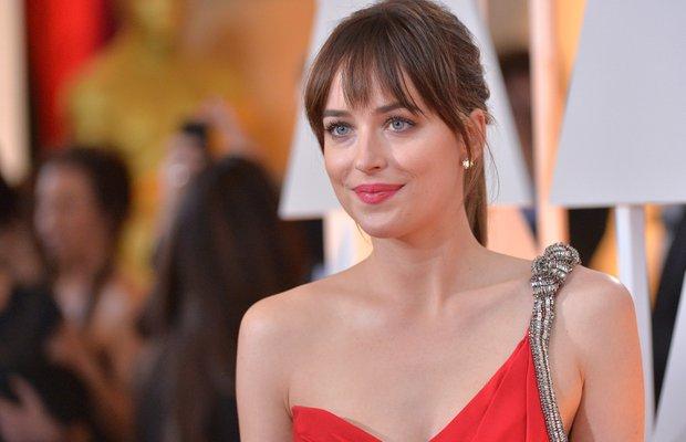 Dakota Johnson'ın muhteşem Oscar makyajı
