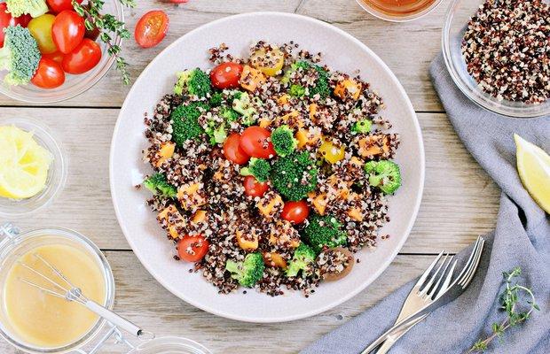 hic bilmediginiz bitkisel protein kaynaklari beslenme kinoa saglik yemek sofra vegan