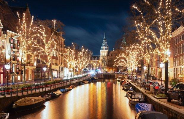amsterdam hollanda yeni yilda gidebileceginiz sehirler