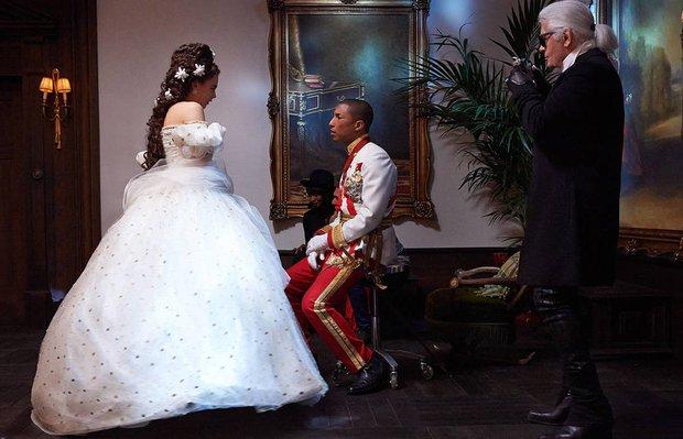 Cara Delevingne ve Pharrell'in Chanel işbirliği