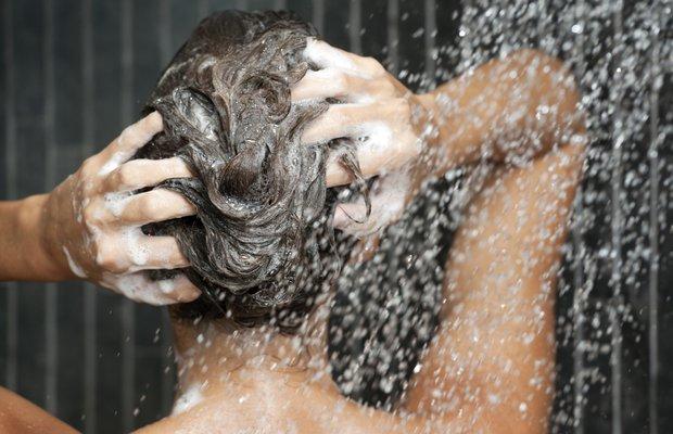 Doğru saç yıkama şekli nasıl olmalı?