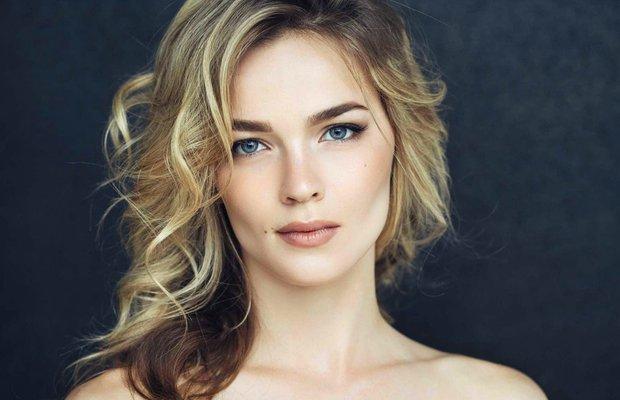 Güzellik dünyasında son trend Hollywood yanağı