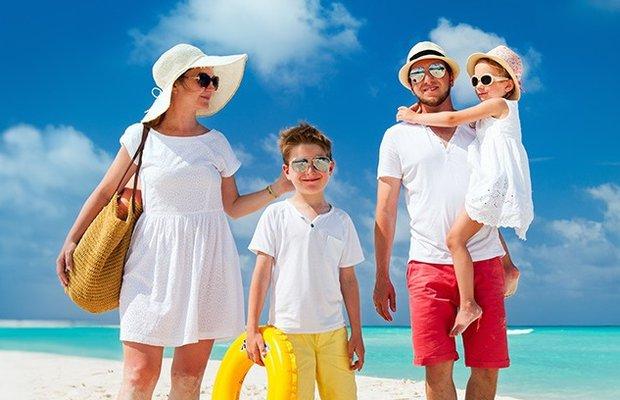 Çocuklu ailelerin tatilde alması gereken önlemler
