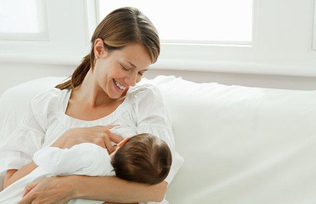 Bebek emzirmenin altın kuralları