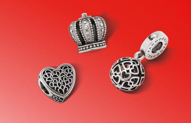 Pandora'da 3 charm'dan 1'i hediye