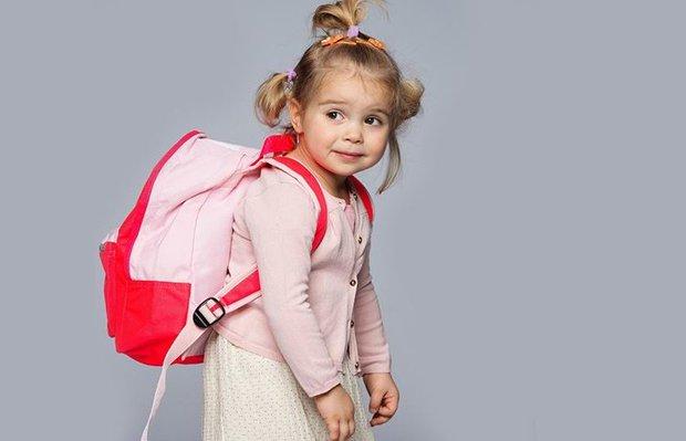 Yanlış çanta seçimi çocuklarda kamburluk nedeni