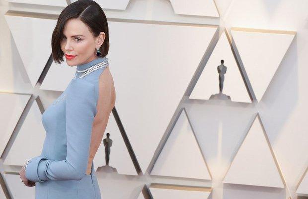 91 akademi odulleri oscar 2019 kirmizi hali charlize theron dior haute couture mucevher bvlgari