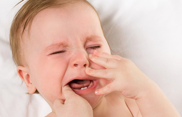 Diş çıkarma döneminde uyku sorunu nasıl çözülür