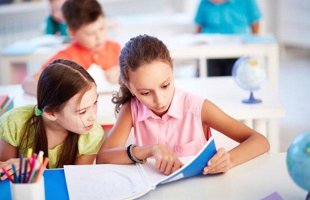 İşitme kaybı okul başarısını etkiliyor