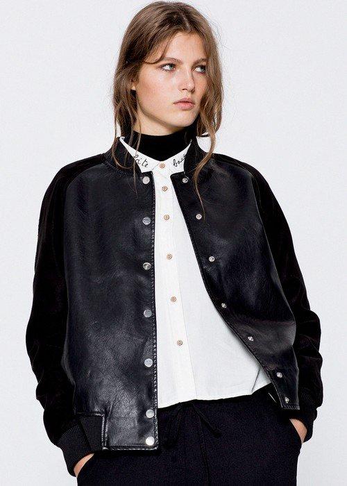 Sezonun en sevdiğimiz hesaplı 50 kıyafeti Pull&Bear ceket