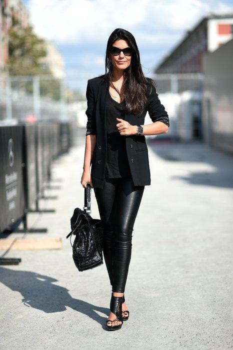 mercedes benz fashion week istanbul sokak stili pudra. Black Bedroom Furniture Sets. Home Design Ideas