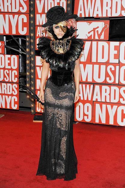 MTV video ödüllerinde kim, ne giydi? lady gaga mtv 2