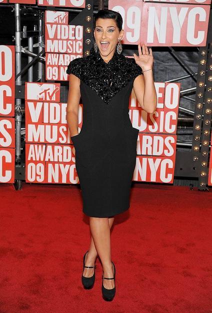 MTV video ödüllerinde kim, ne giydi? nelly furtado mtv 3