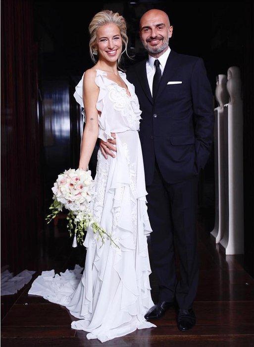 Burcu Esmersoy ve Berk Suyabatmaz New York'ta evlendi! Burcu Esmersoy & Berk Suyabatmaz