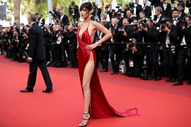 2016 Cannes Film Festivali'nin en şıkları Bella Hadid 5