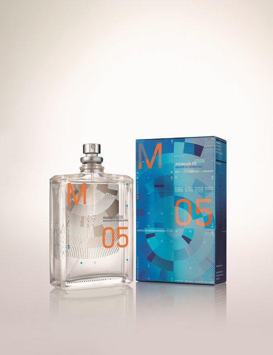 İngiliz niş parfüm markası Escentric Molecules'den yeni ikili Escentric Molecules | Molecules 05