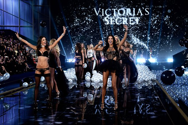 Victoria's Secret 2014 defilesi victorias secret sov 1