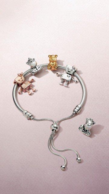 Pandora Friends koleksiyonu ile yeni dostlar Pandora Friends Koleksiyonu yeni charmlar