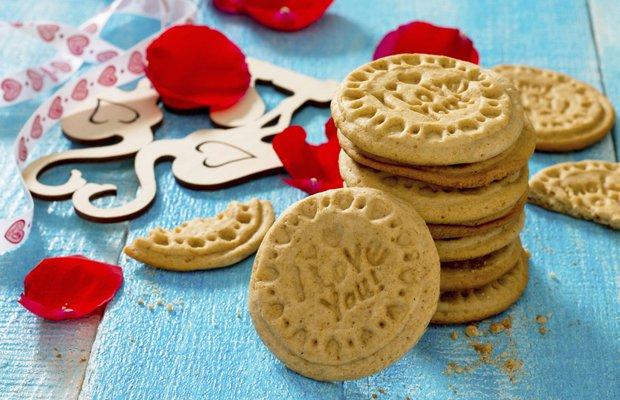 Sevgililer Günü için aşk dolu kurabiyeler
